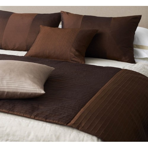 Pintuck Stripes Bed Runner - Chocolate