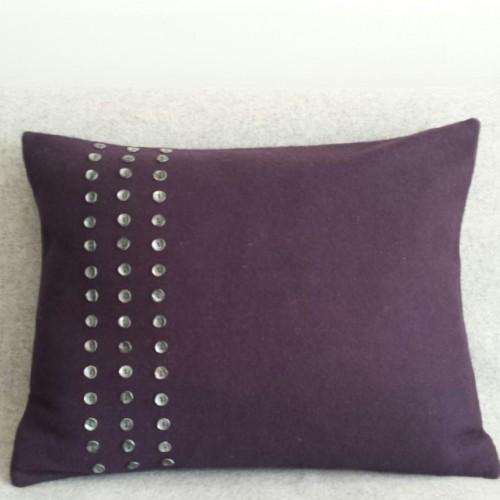 Felt with Buttons - cushion - rectangular - aubergine