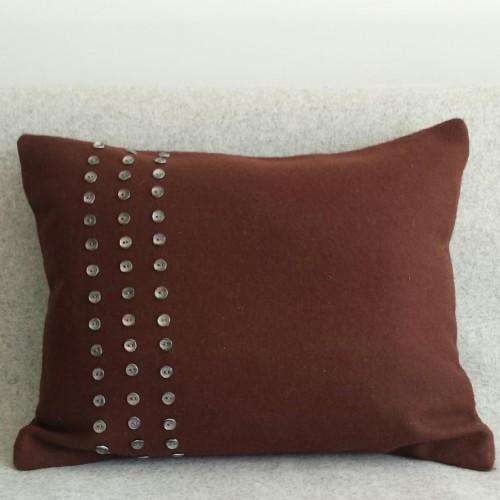 Felt with Buttons - cushion - rectangular - chocolate
