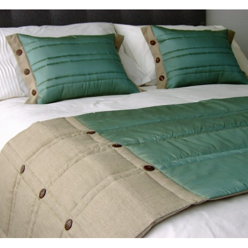 Coco Button bed runner - Mint