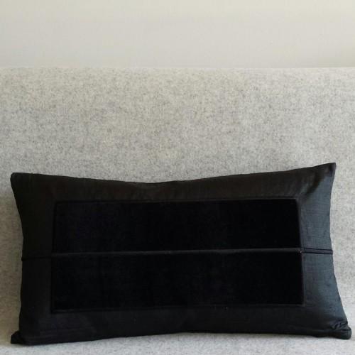 Panel - rectangular - cushion - black