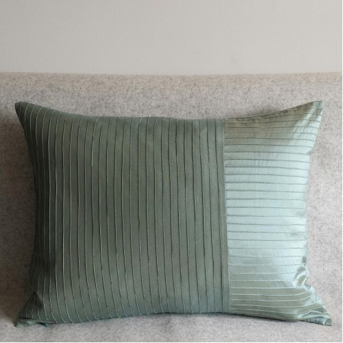 Pintuck Stripes - cushion - rectangular - mint
