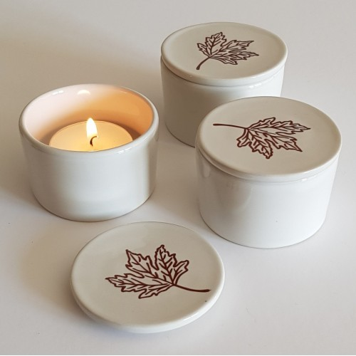 Tea Light Holders - set of 3 - white
