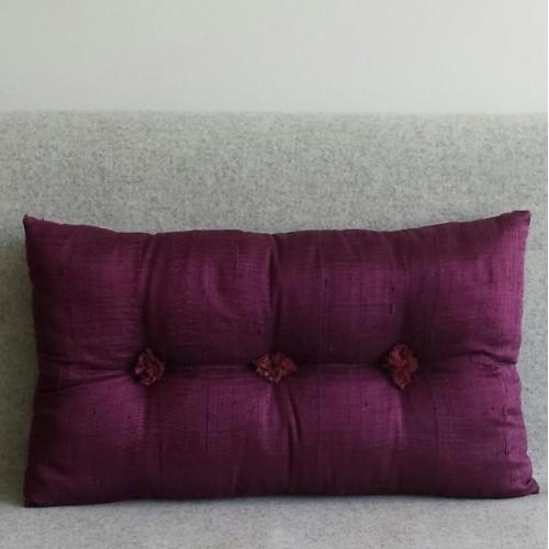 Tufted Cushion - rectangular - Aubergine