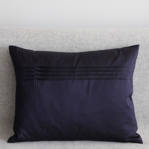 Twisted Pleat - cushion - rectangular - navy